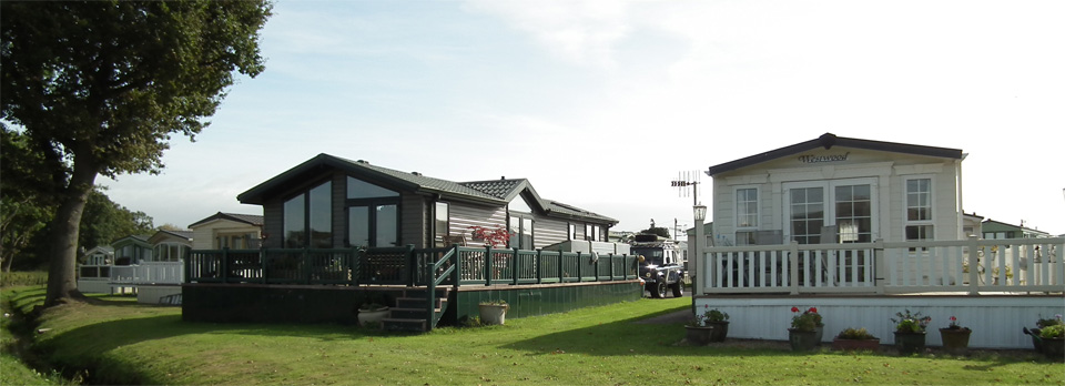Units on Oakmere holiday park