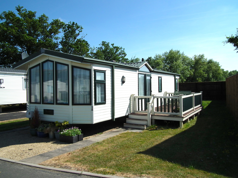 Willerby Aspen Pitch 24 Oakmere Holiday Park